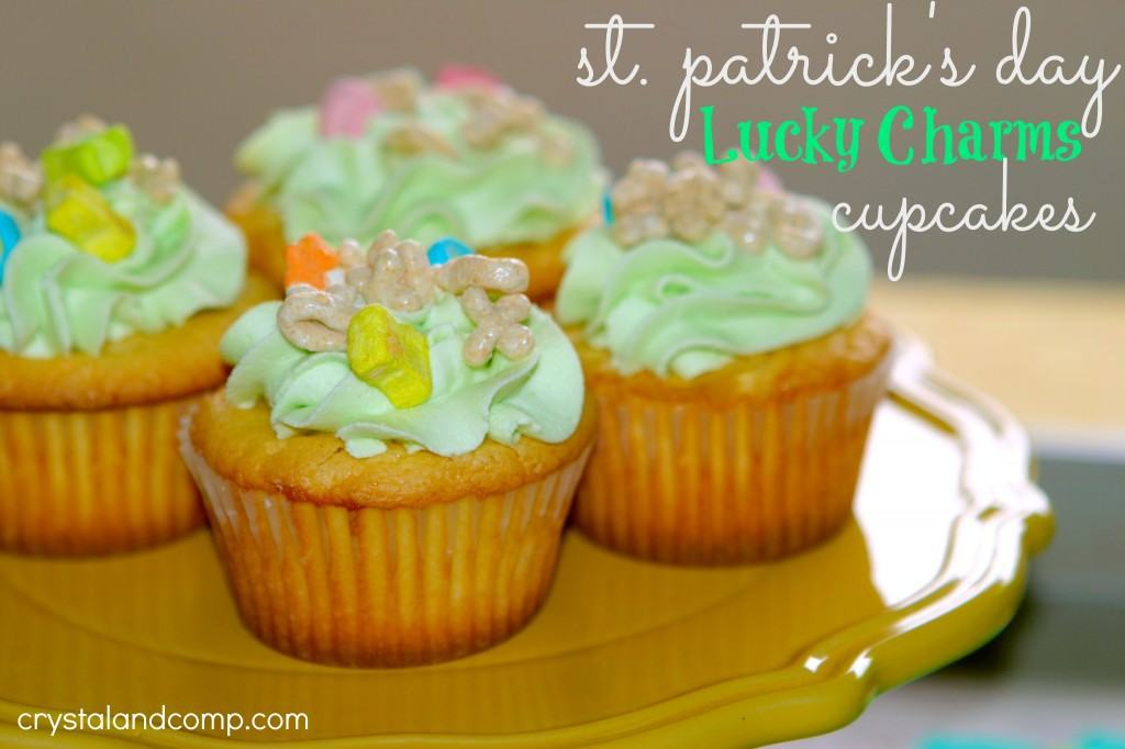 st-patricks-day-lucky-charms-cupcakes--1024x682