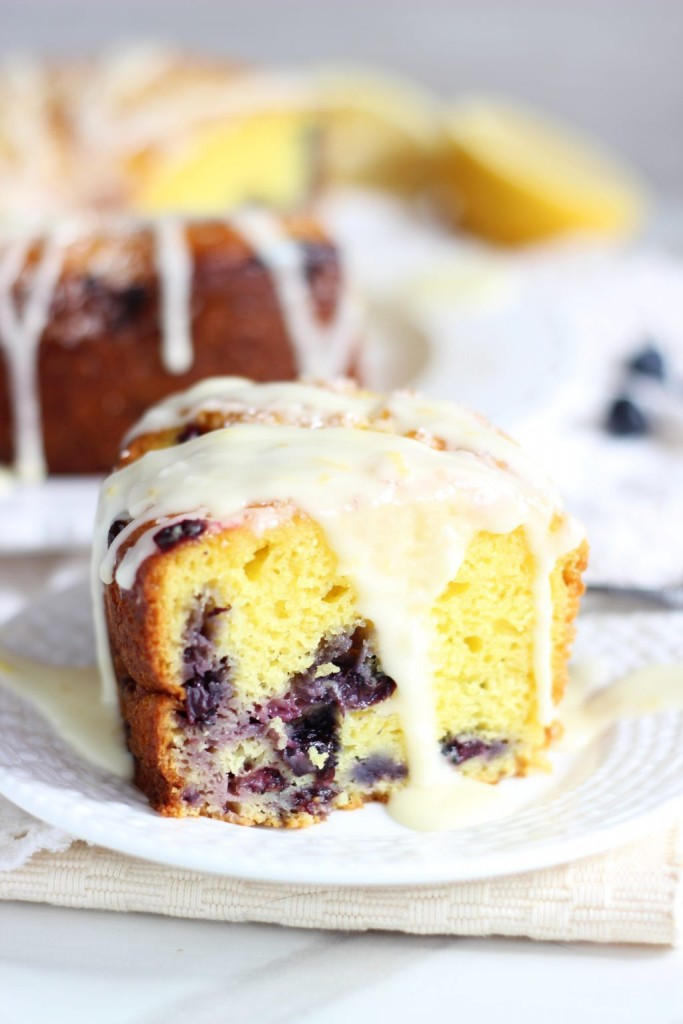 lemon-blueberry-bundt-cake-with-lemon-glaze-32-683x1024