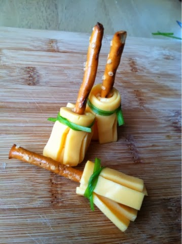 harry-potter-preztle-and-cheese-broom-sticks