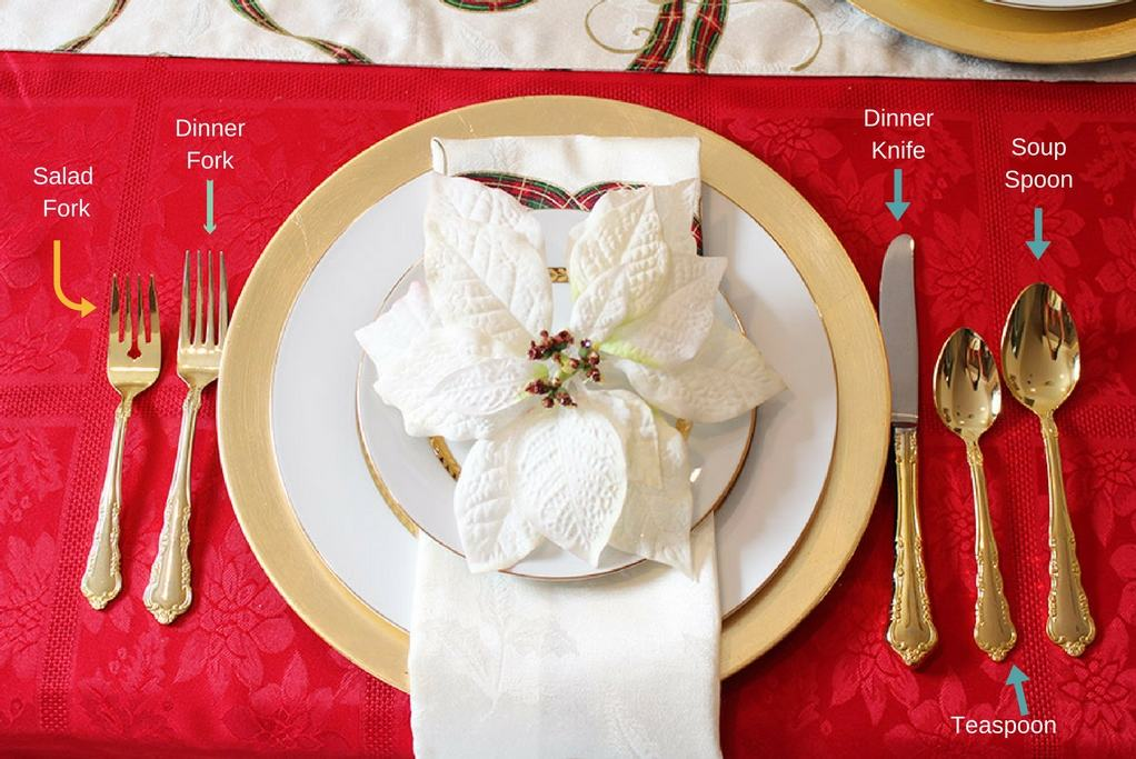 creating-a-holiday-tablescape-and-easy-cleanup-with-scotch-brite-place-setting