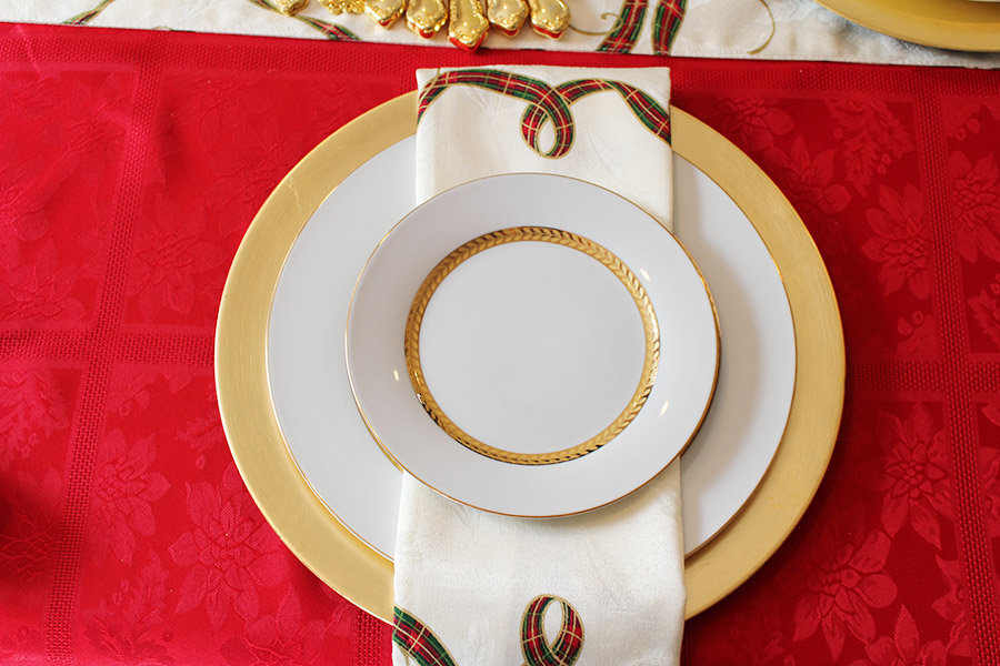 creating-a-holiday-tablescape-and-easy-cleanup-with-scotch-brite13