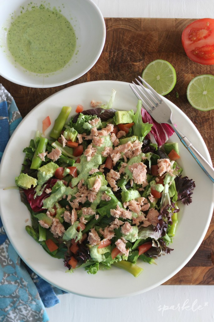 SPRING SALAD WITH TUNA, ASPARAGUS AND CREAMY CILANTRO LIME DRESSING